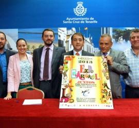 La Sala de Arte La Recova acoge 'ExpoCarnaval', primera muestra de Carnavales de Canarias