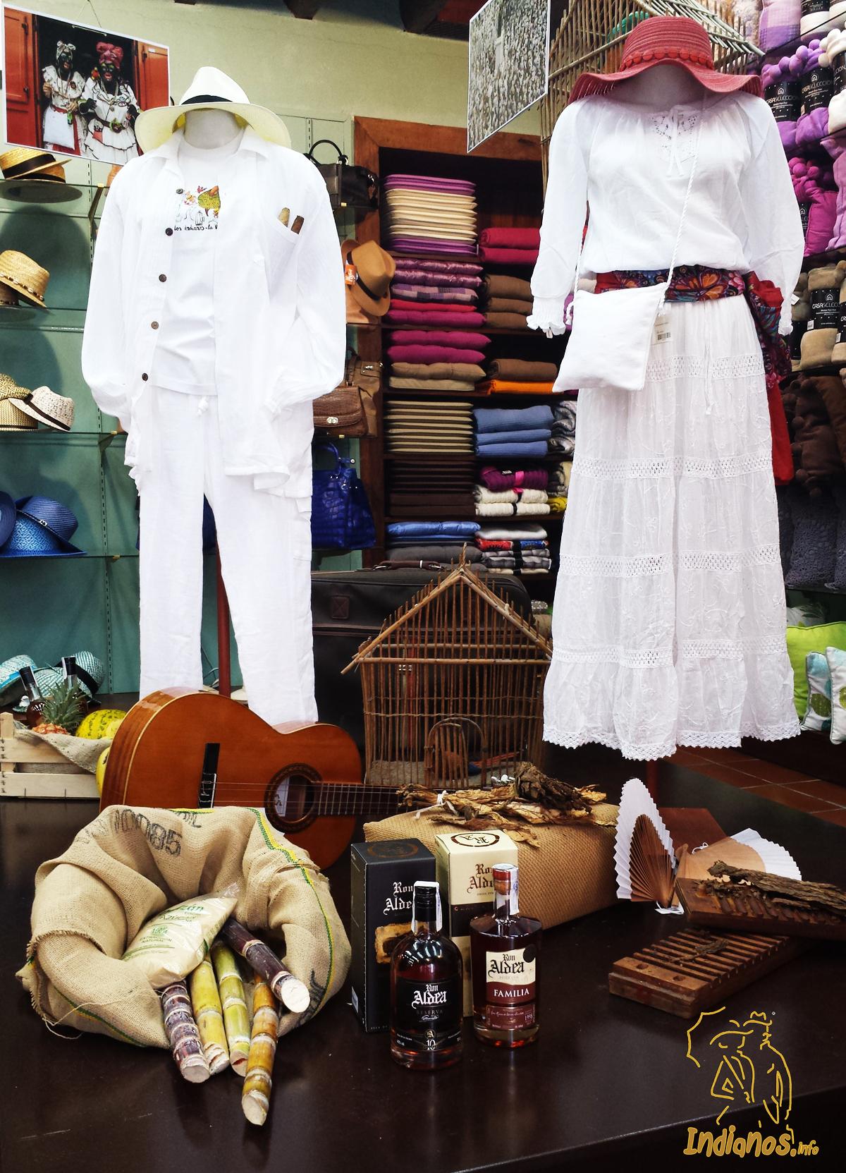 En las Artesanías San Lupe puedes encontrar todo tipo de ropa y accesorios para Los Indianos.