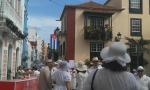 Y se llenaron las Calles de la Habana Viva el Carnaval de La Palma. Foto Móvil: Laura Perez Rguez.